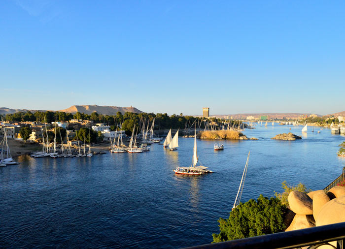 Nile – Aswan Vacation packages by Travelive, Egypt Explorer Package