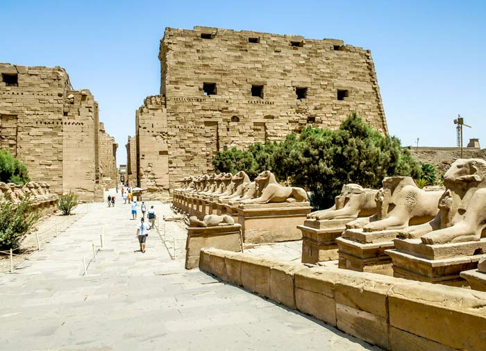 Luxor Temple – Egypt and Jordan combined tours with Travelive, a luxury travel agency