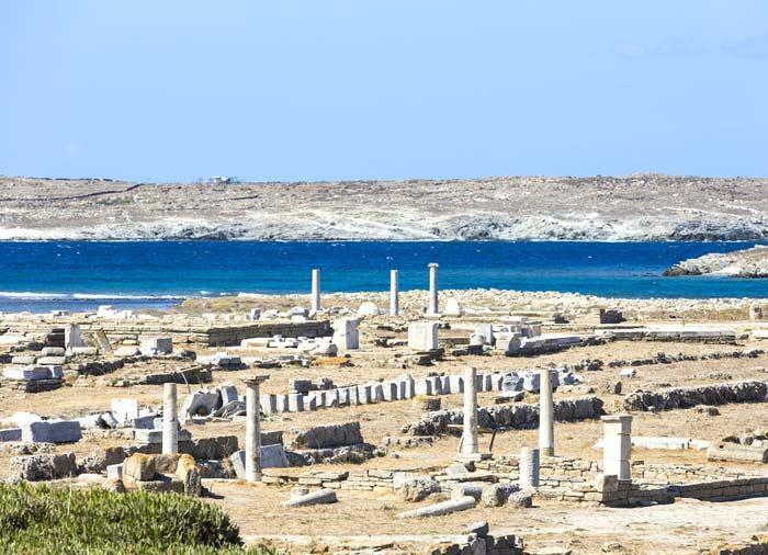 Delos island – Greek islands honeymoon tour with Travelive, luxury travel agency