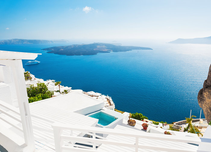 Santorini view – Cyclades tour, vacation packages in Santorini, Travelive