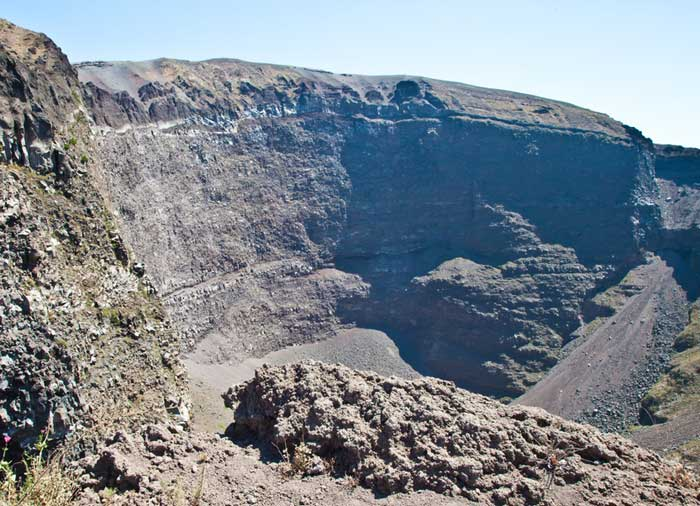 Mount Vesuvius – Crater, Amalfi Coast honeymoon itinerary with Travelive, luxury travel agency