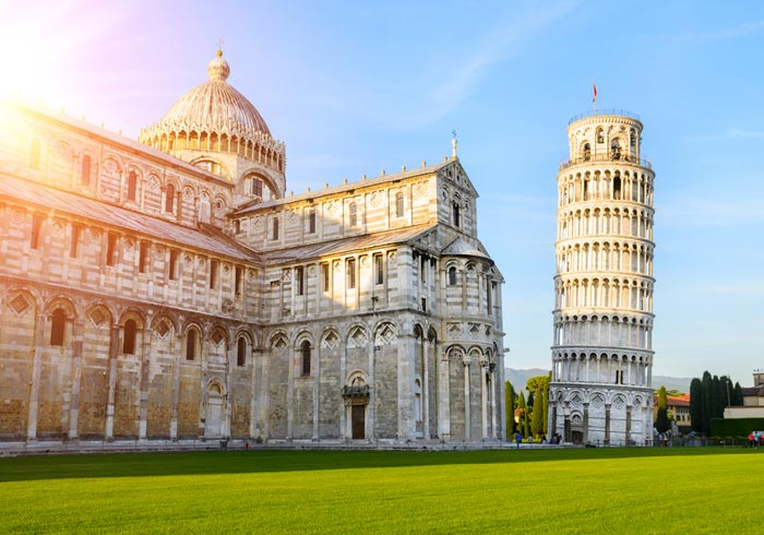 Leaning tower of Pisa – Romantic Tuscany personalized by Travelive, luxury travel agency