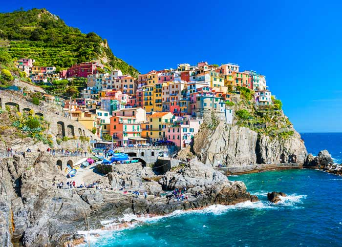 Manarola Cinque Terre - Italian Riviera honeymoon tours with Travelive, luxury travel agency
