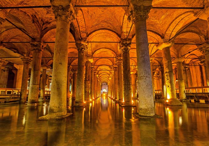 Basilica Cistern – Istanbul, Greece Turkey honeymoon tours, Travelive, luxury travel agency